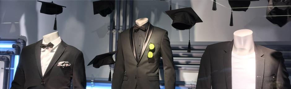 Schaufenster Anzug Suit Tie Shirt